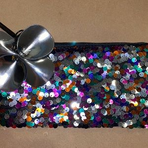 MAC Cosmetics Sequin Makeup Pouch w Silver Flower
